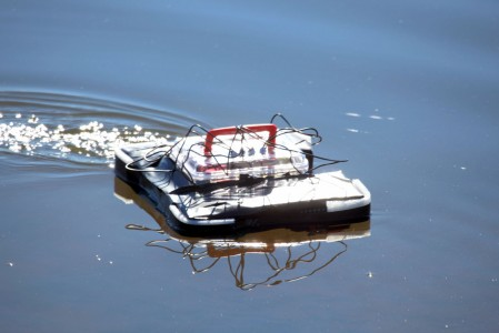 Nice sunny day, perfectly still water, a lunch box floats with one thruster on to skew it to the 'right'...